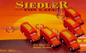 Gruppenbild aller fünf Busse auf einem Siedlerspiel der alten Edition.
